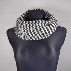 Komin - black-white z cekinami - 120x30cm WO789