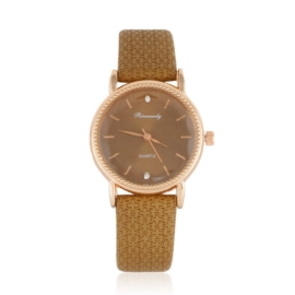 Zegarek damski na brązowym pasku - Z1064
