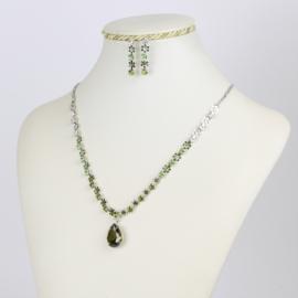 Komplet biżuterii - zielone kryształki KOM151