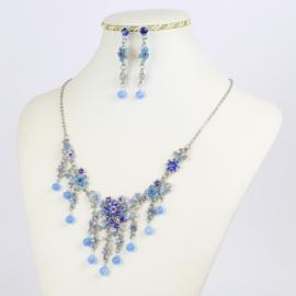 Komplet biżuterii - niebieskie kwiaty - KOM169