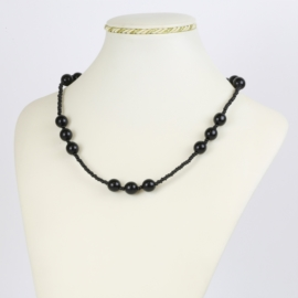 Naszyjnik perła czeska czarna 40cm - PER475