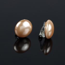 Klipsy czeskie łososiowa perła błysk. 1,8cm EA2693