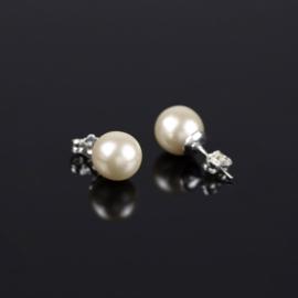 Kolczyki czeskie perła ecru 0,8cm 43/103 EA2874