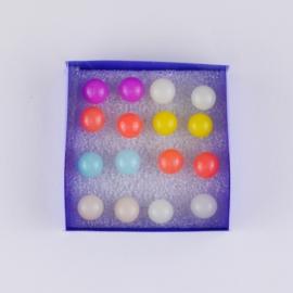 Kolczyki w pudełeczku 8szt - kuleczki - EA3374