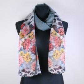 Cienki szal w róże - szary - WO1057