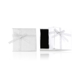 Pudełka na biżuterię 4x4cm 24szt/op OPA495