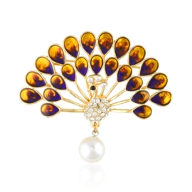 Broszka paw z kryształkami BR821